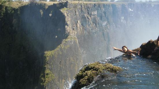 Devil 39 S Pool Listed In Worlds 39 Top Ten Natural Swimming Pools Victoriafalls24