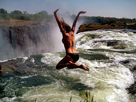 One Metre From Death A Dip In The World S Most Spectacular Pool Victoriafalls24