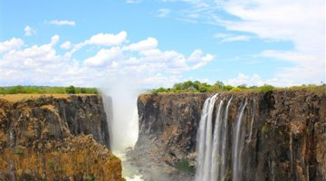 Photo by Jared Bombaci / UGC - Victoria Falls, Zimbabwe